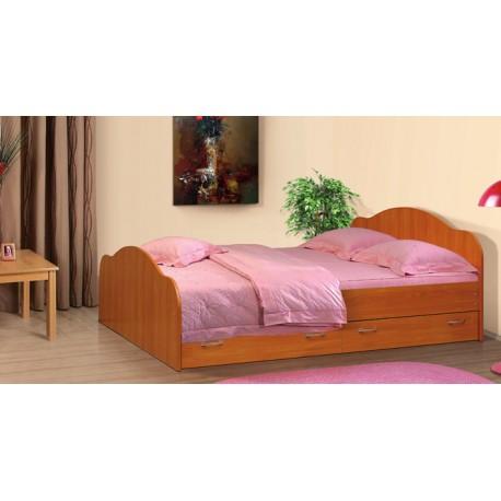 Кровать 140*200  с ящиками без матраца
